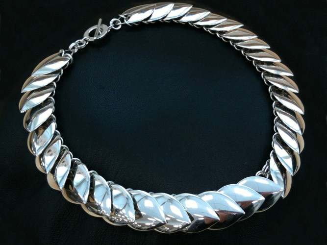 11_ujo_rocks_sterling_silver_scale_mail_necklace_polished_thumbnail