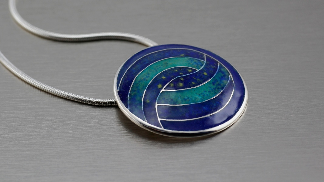 16_ujo_rocks_handmade_sterling_silver_enamel_pendant_inspired_by_van_gogh_starry_night