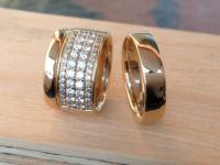 19_ujo_rocks_bespoke_14k_yellow_gold_wedding_rings_diamonds_polished_thumbnail