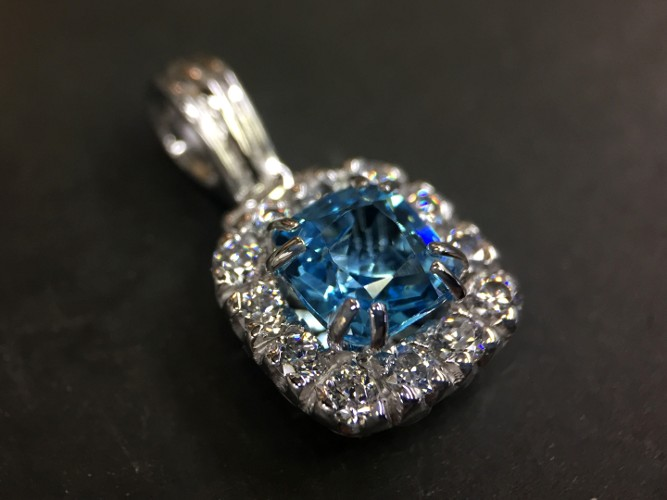 56_ujo_rocks_handmade_sterling_silver_topaz_and_cubic_zirconia_halo_pendant_polished_thumbnail