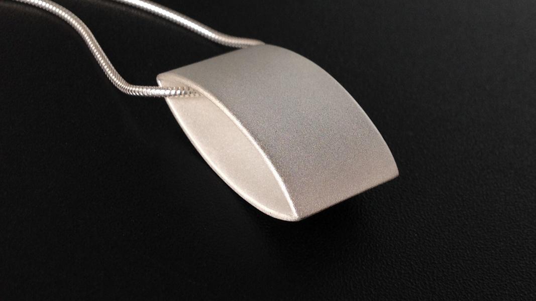 00_ujo_rocks_handmade_sterling_silver_pendant_sandblasted_finish