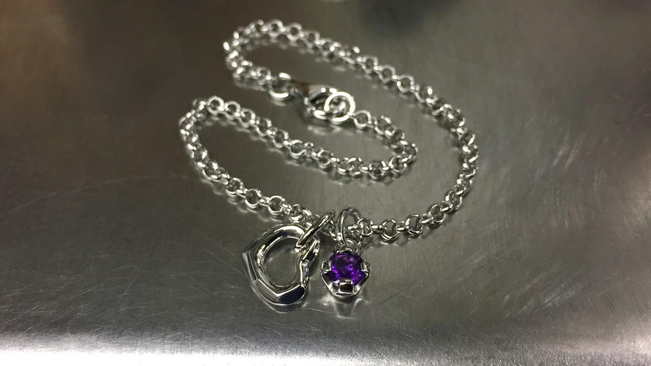 67_ujo_rocks_bespoke_sterling_silver_bracelet_with_heart_and_amethyst